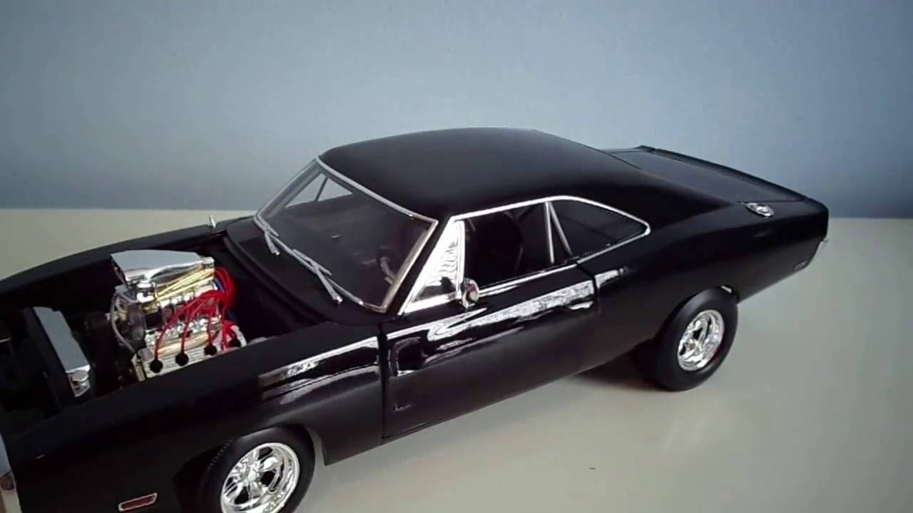 hotwheels elite Dom/'s Charger 1.18