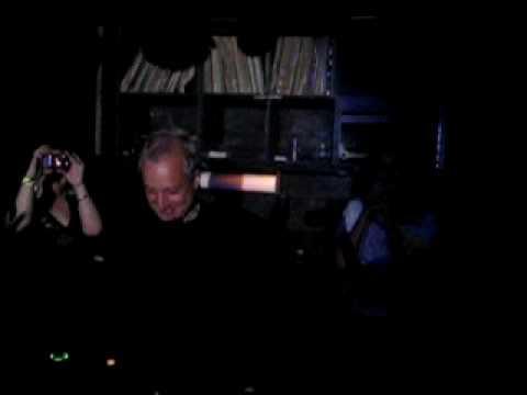 Mike Koglin & Tania Laila - Find Me (Live) @ Love NYC, 05/30/09