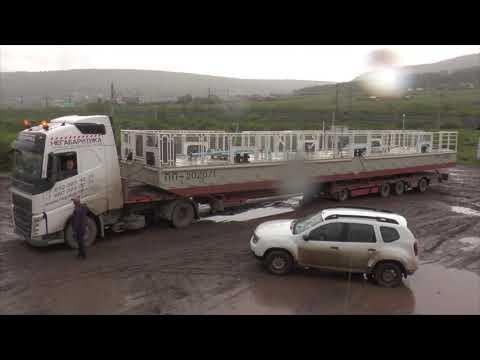 Вчера в Усть-Кут спецавтотранспортом из Томска были доставлены плавучие причалы