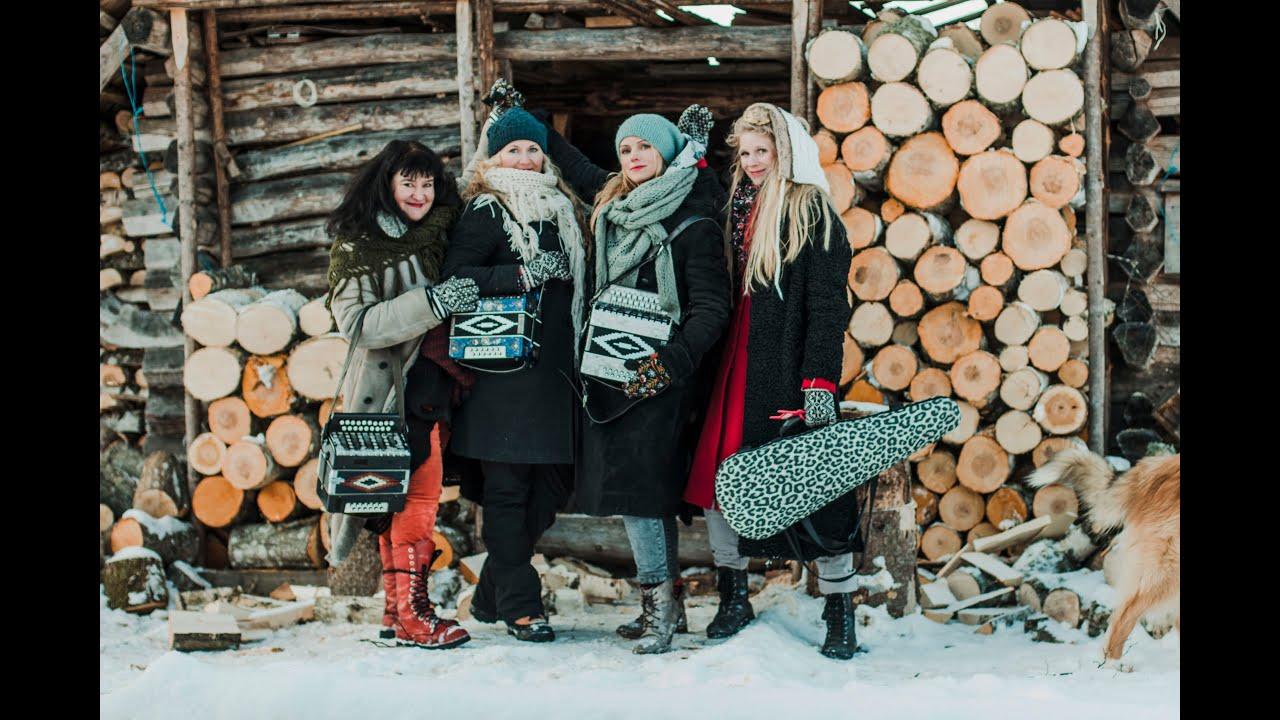 Naised Köögis - Eesti sünnipäevalaul