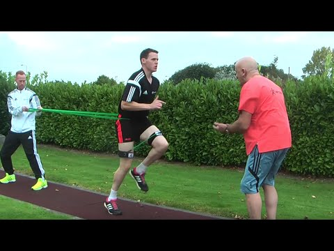 Star Geoghegan & TJ Reid Speed Training using Resistance Bands