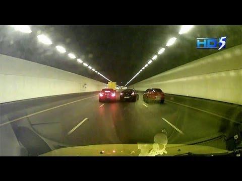 Police investigating on Black Car vs Merc C200 reckless driving at KPE - 28Jul2013