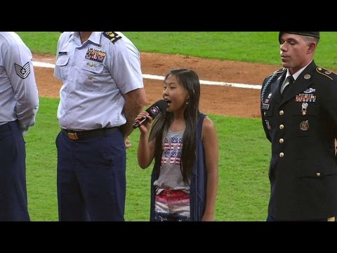 OAK@HOU: Young Astros  sings God Bless America
