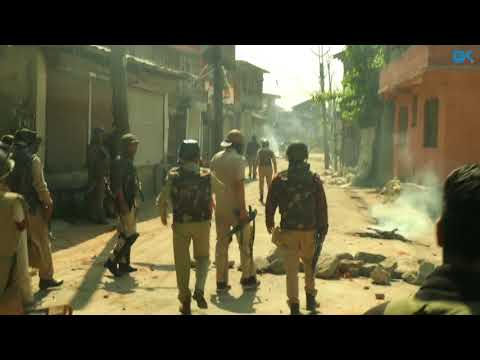 Civilian killed as clashes rock downtown Srinagar