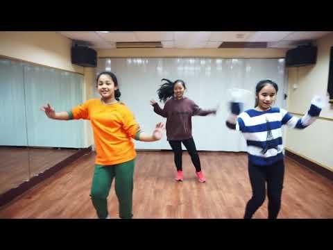 Nachana kanchi timi Nepali Dance (Diva Girls)
