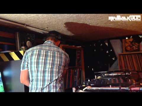 Old School Techno Mix // 100% Vinyl // Hardtrance // 2001-2007 // mixed by  DJ Andy Decks // Vol 3