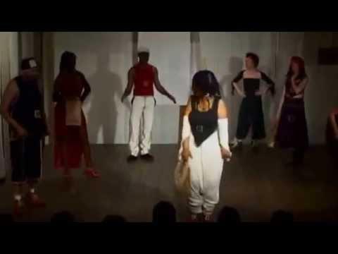 Défilé/spectacle 'Tac & Tic & Toc' de Nina Haha et Marie Cabanac