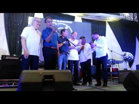 President PNoy singing his Favorite Song