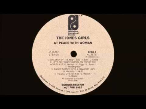 The Jones Girls - Dance Turned Into A Romance (Philadelphia Intern. Records 1980)