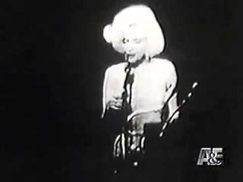 Marilyn Monroe Sings Happy Birthday to Mr President John F Kennedy