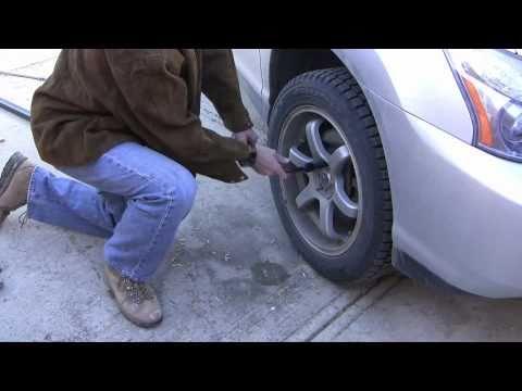 how-to-loosen-a-stuck-bolt-by-using-a-torque-multiplier