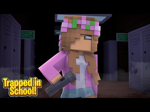 LITTLE KELLY GETS TRAPPED IN SCHOOL ! | Minecraft Little Kelly