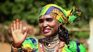 HAUWA FULLOU with a new song Mantore Abbo [Hauwa Fullou Yar Fulanin Gombe]