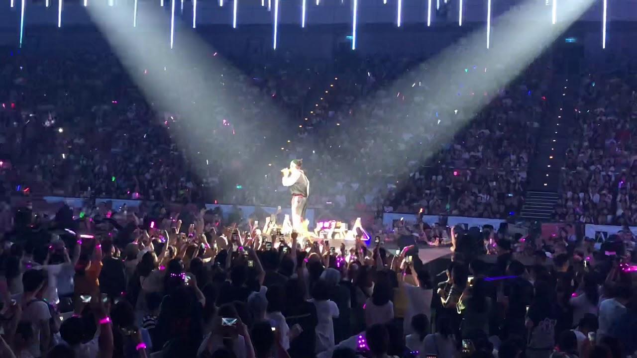 2018.05.27 蕭敬騰 娛樂先生世界巡迴演唱會 王子的新衣 - YouTube