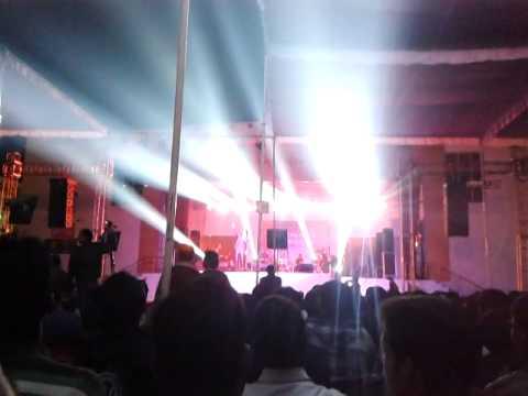 Mahi Mahi Live Perfomance By Toshi Sabri
