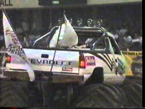 1989 TNT Monster Truck Challenge Freedom Hall Day 2