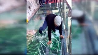 Video Tourist terrified by new glass walkway that cracks under weight download MP3, 3GP, MP4, WEBM, AVI, FLV Agustus 2018