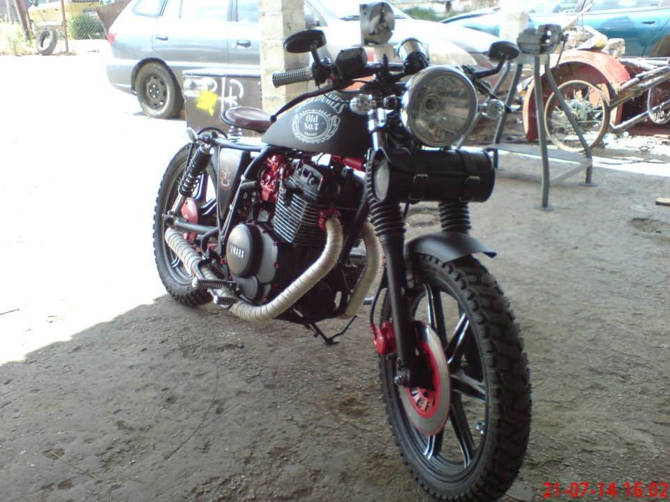 1982 Yamaha Maxim 400 Bobber   hobbiesxstyle