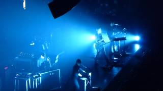 Queens Of The Stone Age HD live @ Wembley Arena London Saturday 23rd November 2013 qotsa 22/23