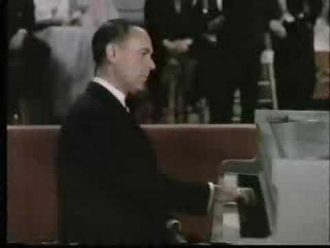 José Iturbi plays Liszt's Liebestraume