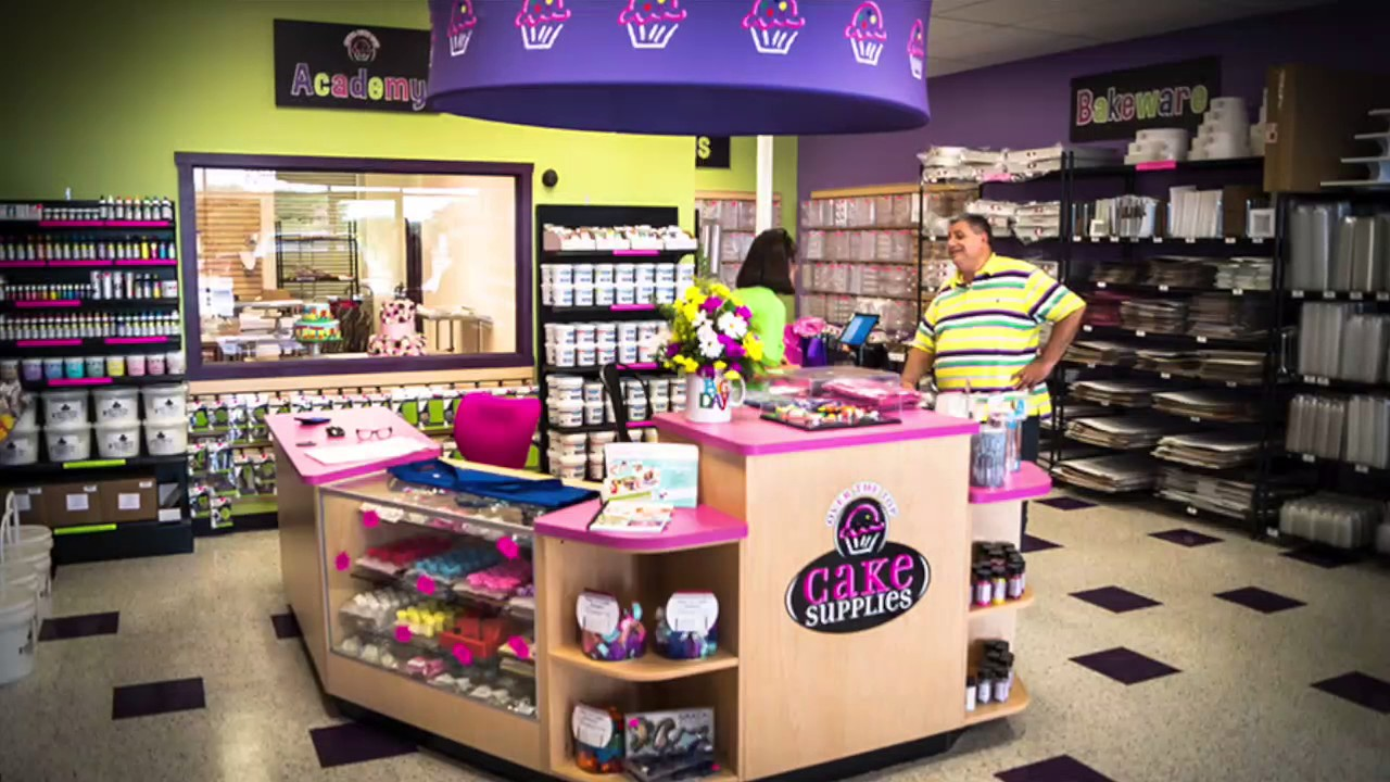 Over the top franchising: Specialty cake decorating ...