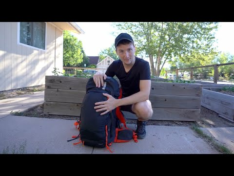 This Minimalist Filmmaker Lives Out of a Single Backpack - Valdour
