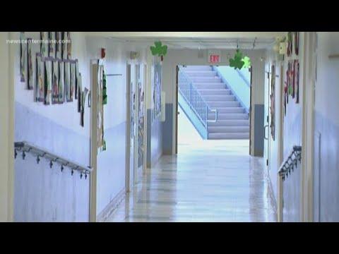 Burglar breaks into Rockland elementary school