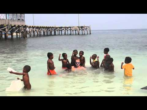 Izadji Mala by Vlado & Mali Papuanci