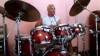 Mestre Nino de Jaú, maior baterista de samba do mundo!!!