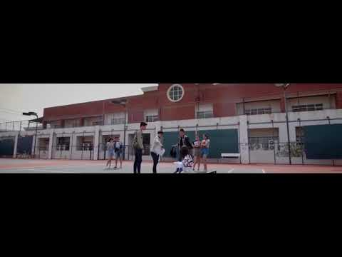 Kau Lihat Aku Disini Menunggumu (official Video Clip)