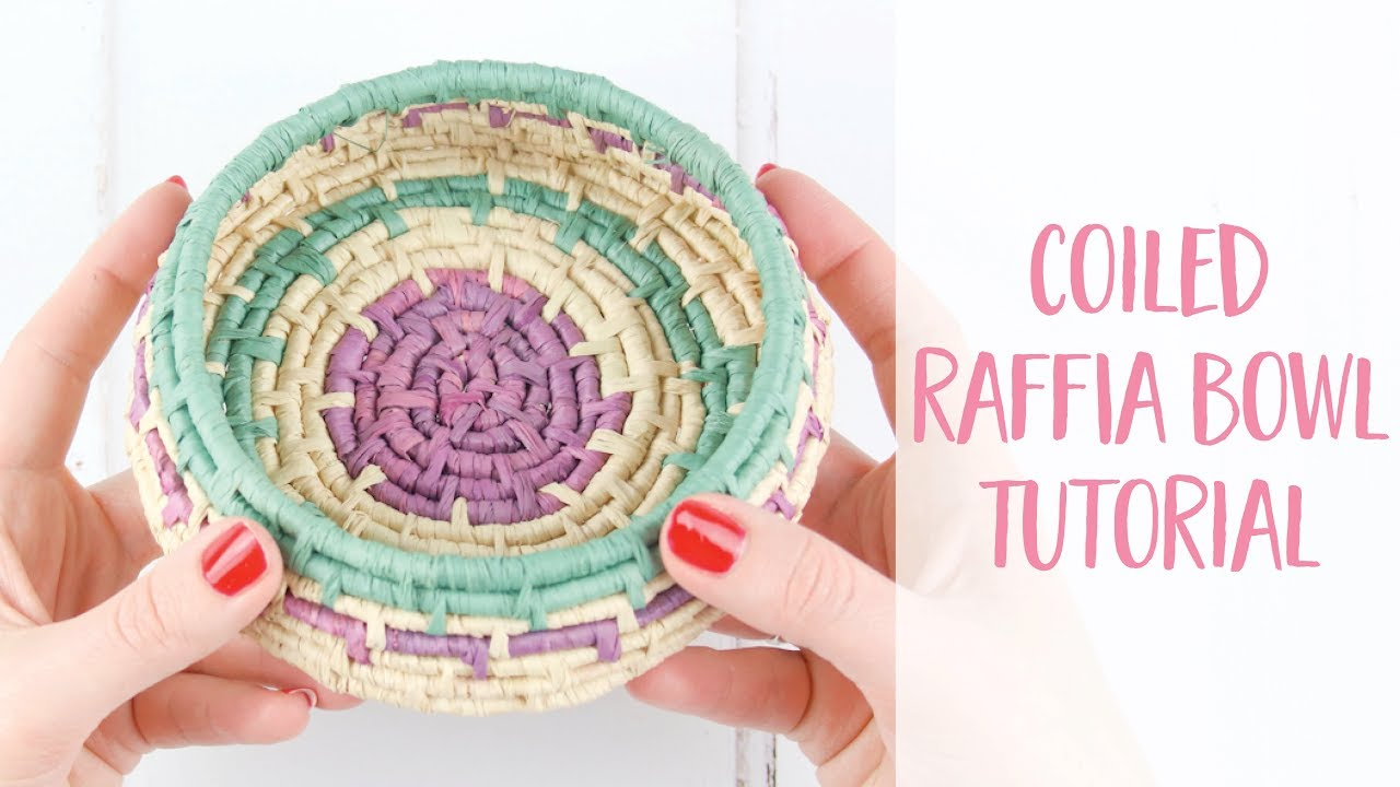 Coiled basket weaving bound together with stitches | diy guide.