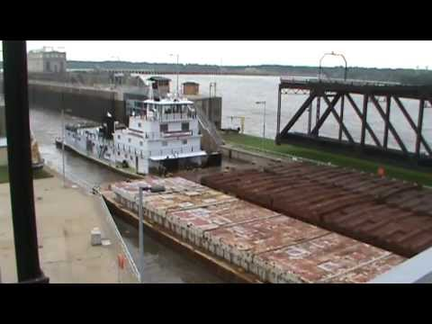 Tow boat on Mississippi river