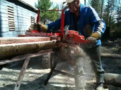 planche de bois a partir d 39 un tronc d 39 arbre wood chainsaw home made youtube. Black Bedroom Furniture Sets. Home Design Ideas