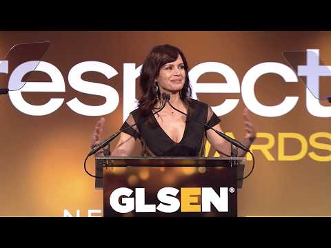 Carla Gugino Accepts GLSEN Inspiration Award, presented by Zachary Quinto and Keress Ambrose