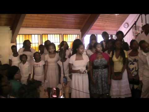 C'est Mon Cantique (Quelle assurance) Theophile Covention 2010 Concert