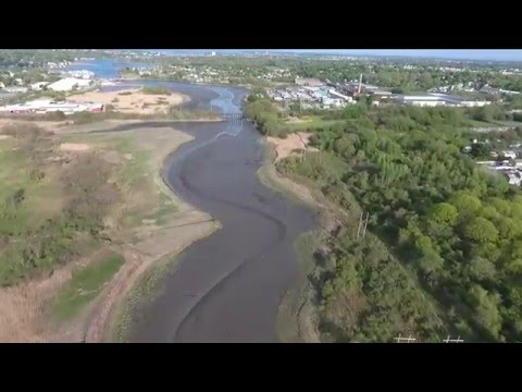 P4 Flight #10 (2016.05.17) - Danvers, MA - Litchi Run Over Danvers River Sped Up