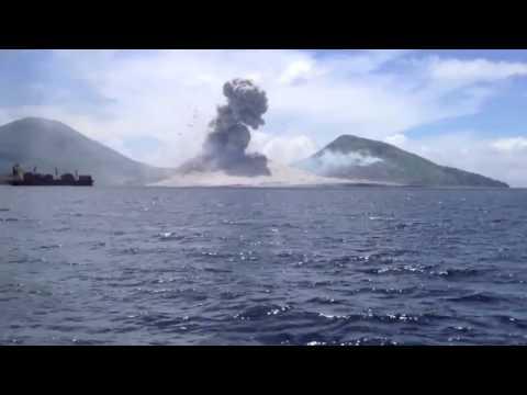 hqdefault - Les volcans :La caldeira du Rabaul