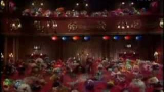 Muppets Perform Stevie Ray Vaughan