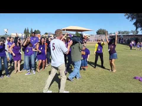 Fox10 at Pueblo Elementary School - Staff Dance Party