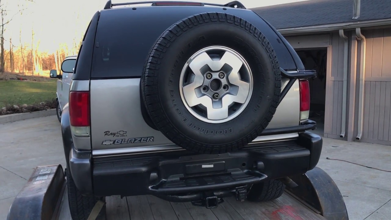 2017 Chevy S10 >> How to STOP Squeaking on Spare Tire Carrier ZR2 Blazer - YouTube
