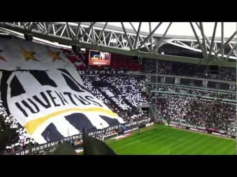 Juve Storia di un Grande Amore-Juventus-Atalanta 13/05/2012- (inno con testo)