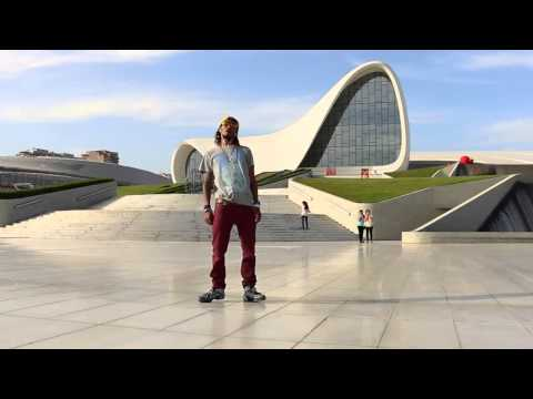 Robot in Baku HD Marquese scott