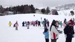 2013/1/6 スキー冒険旅行 ハチに着いたよ thumbnail