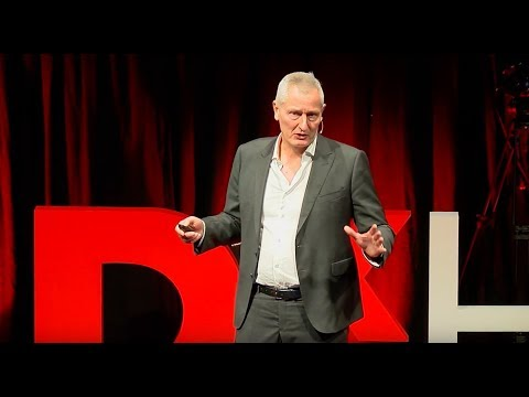 Of airport bookstores, fitness clubs, and management trends | Jacques Pitteloud | TEDxHSG
