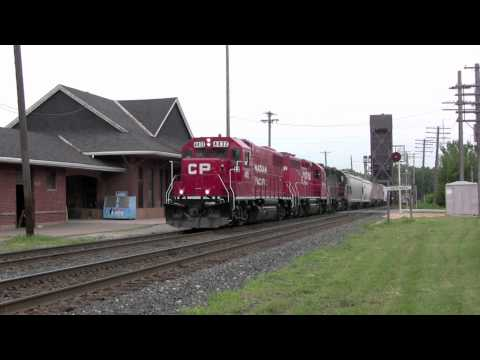 CP 580 struggling to get moving