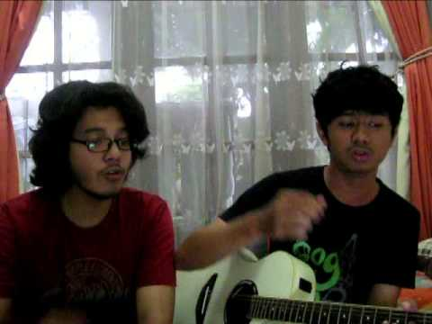 Tulus - Sewindu (Cover By Naufal And Ifal)