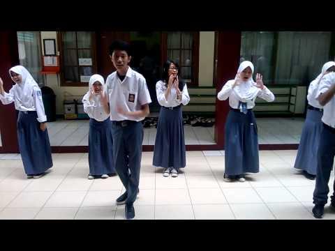 OH YA-Warna (Vocal Group SMAN 2 Cimahi XI IPA 5-Kel.1)