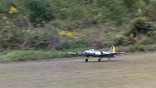 Boeing ボーイング B-17 Flying Fortress Liberty Belle