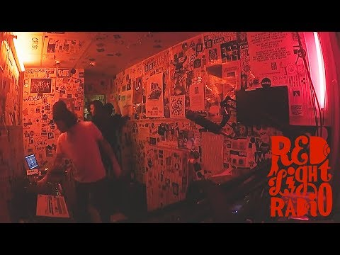 Leo Pol live at Red Light Radio