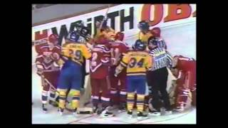 Чемпионат Мира по хоккею 1993 / Финал / Россия - Швеция (3-1)(IIHF WC 1993 / Final / Russia - Sweden (3-1), 2014-07-09T21:26:59.000Z)